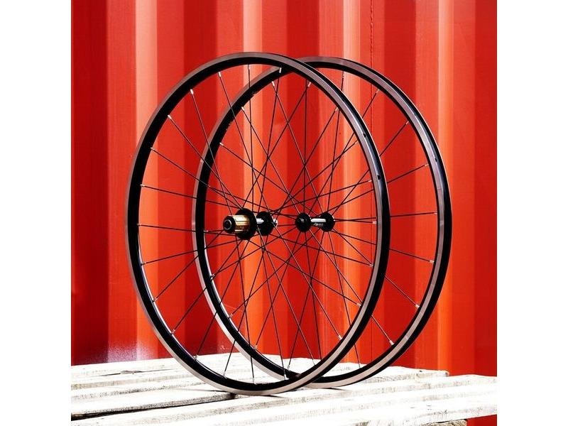SPA CYCLES Handbuilt Wheelset: Bitex RAF10(20h)/RAR9(24h) With KINLIN XR26T/XR26RT click to zoom image