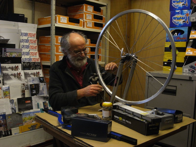 SPA CYCLES SON28 Silver Dynamo Wheel click to zoom image